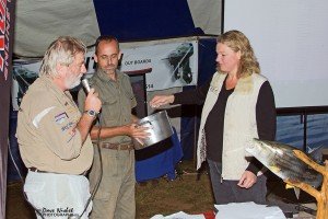 105.1 Jozini 2013 16th TFT - Raffle draw with Ferdi Myburgh of Ezemvelo KZN Wildlife and Lindy of Shayamoya